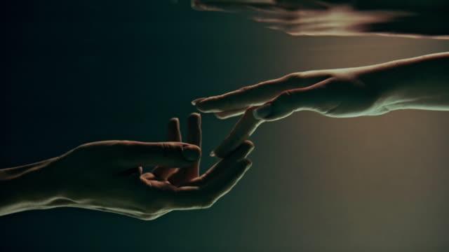Video Shy, sensual touch. Underwater romance