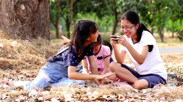 kardeş - dijital yerli stok videoları ve detay görüntü çekimi