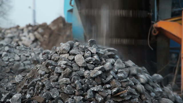 sifted crushed concrete video