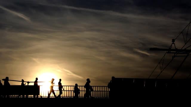 silhouette of people - kontrastrik bildbanksvideor och videomaterial från bakom kulisserna