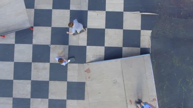 skate park drone skott 1 - skatepark bildbanksvideor och videomaterial från bakom kulisserna
