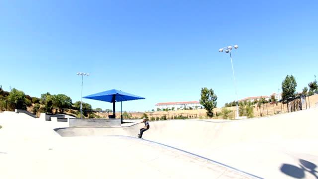 skateboard trick slow motion - skatepark bildbanksvideor och videomaterial från bakom kulisserna