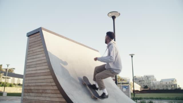 skateboarding är min flykt - skatepark bildbanksvideor och videomaterial från bakom kulisserna