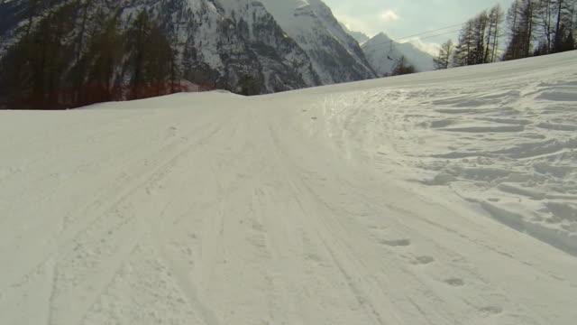 POV Ski fahren in High Mountain Landscape – Video
