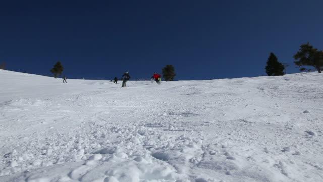 stockvideo's en b-roll-footage met skiing in colorado - minder dan 10 seconden