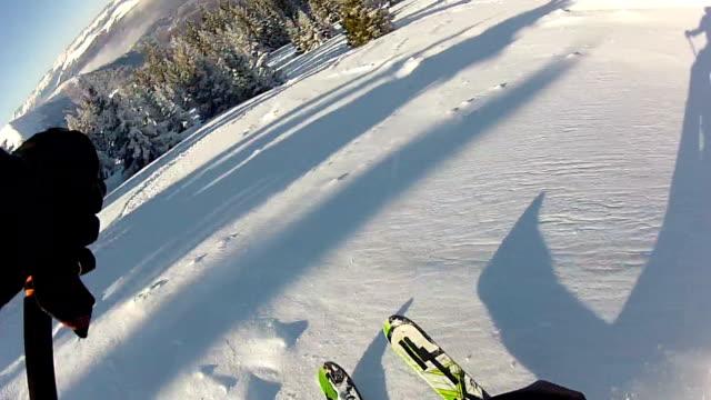 Skiing video