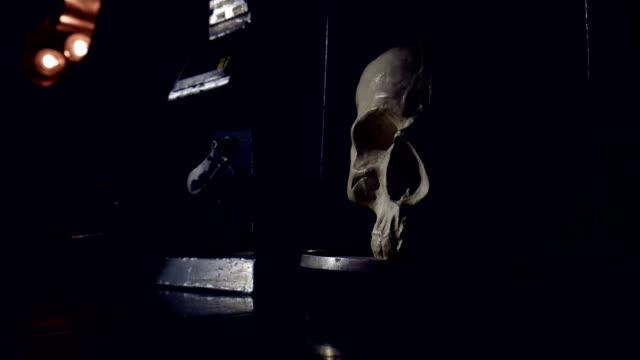 skull on scales. - conspiracy стоковые видео и кадры b-roll