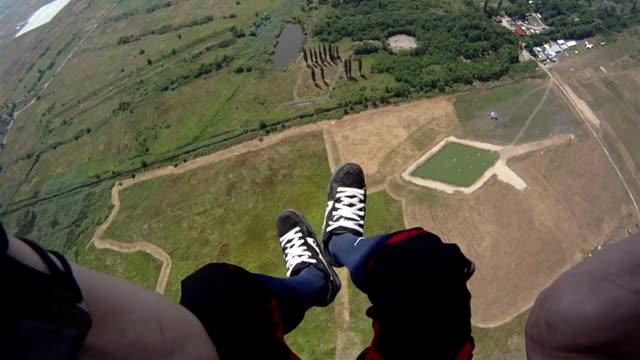 skydiving wideo. - lądować filmów i materiałów b-roll