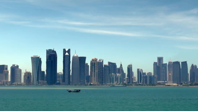 vidéos et rushes de ville de doha, au qatar - doha