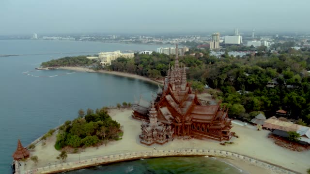 Skyline of Pattaya Thailand with wooden old historical temple during sunset Pattaya Thailand Skyline of Pattaya Thailand with wooden old historical temple during sunset Pattaya Thailand Asia pattaya stock videos & royalty-free footage