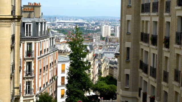 skyline paris - aussichtspunkt stock-videos und b-roll-filmmaterial