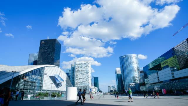 Affaires de bureau 4K gratte-ciel immeuble de Paris, La défense - Time-lapse 4K - Vidéo
