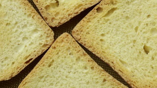 スライスパンのトースト - 食パン点の映像素材/bロール