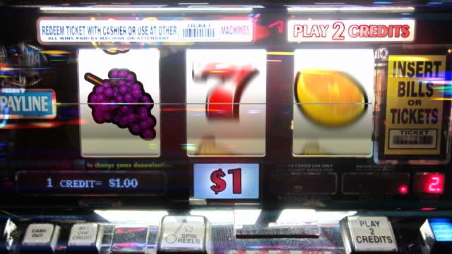 Slot Machine - 7's Winner video