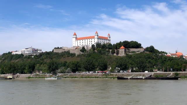 slovak national historical museum-bratislava, slowakei - slowakei stock-videos und b-roll-filmmaterial