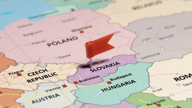 slowakei mit pin - slowakei stock-videos und b-roll-filmmaterial