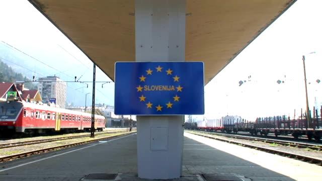 hd: słoweński border - intercity filmów i materiałów b-roll