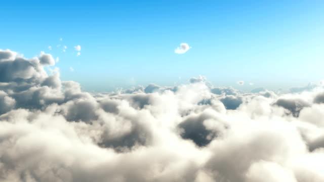 vídeos de stock, filmes e b-roll de câmera voo acima cloudscape - acima