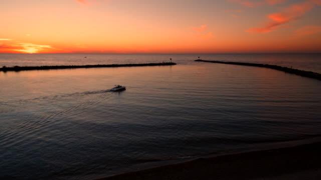 Slow Follow Boat Sunset Pier