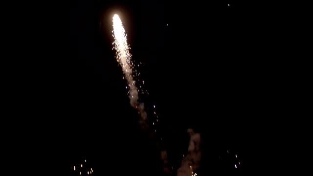 slow motion 4k grand finale fireworks show pt 1 of 2 - four seasons filmów i materiałów b-roll