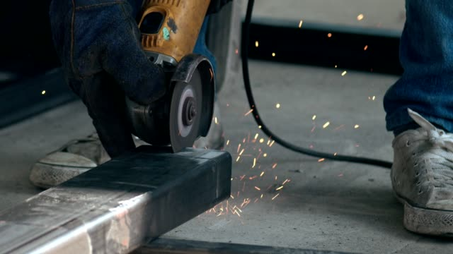 slow motion : metal cutting - lucidare video stock e b–roll