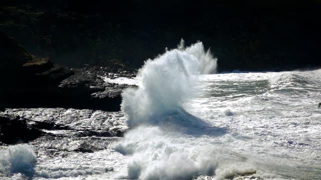 スローモーション海の波 - 大西洋点の映像素材/bロール