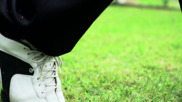 Slow Motion: Tee Shot follow player video