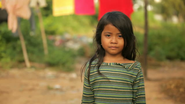 Small girl in Cambodia video