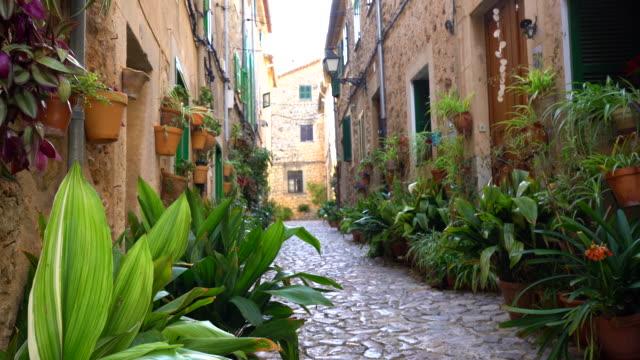 valldemosa の小さな通り、パン - ヴァルデモサ点の映像素材/bロール