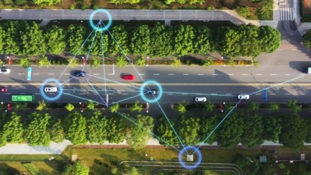 スマートな交通機関 - 車点の映像素材/bロール