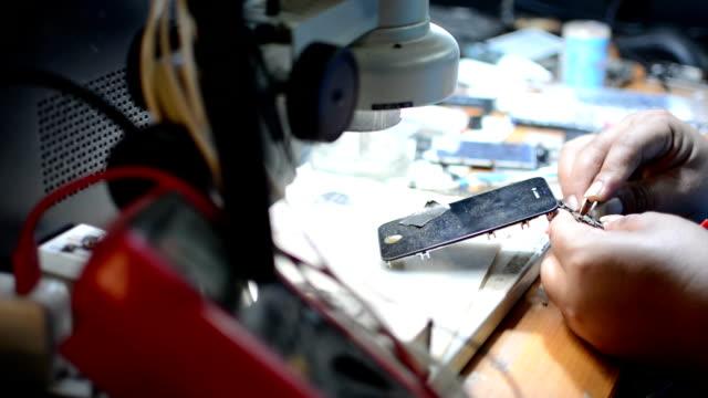 Smartphone Repariring video