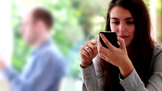 Smartphone woman.