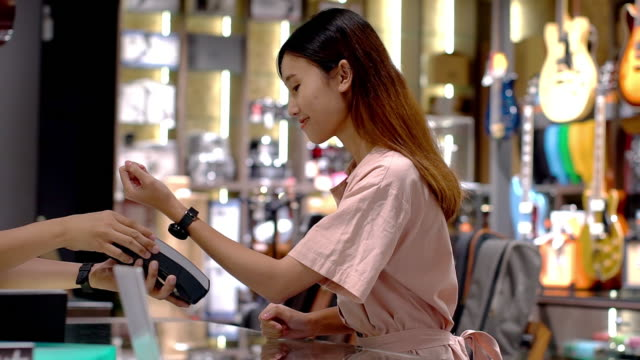 Smartwatch Contactless Payment