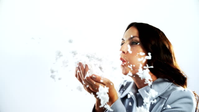 女性偽吹雪 4 k の笑顔 - チャームポイント点の映像素材/bロール