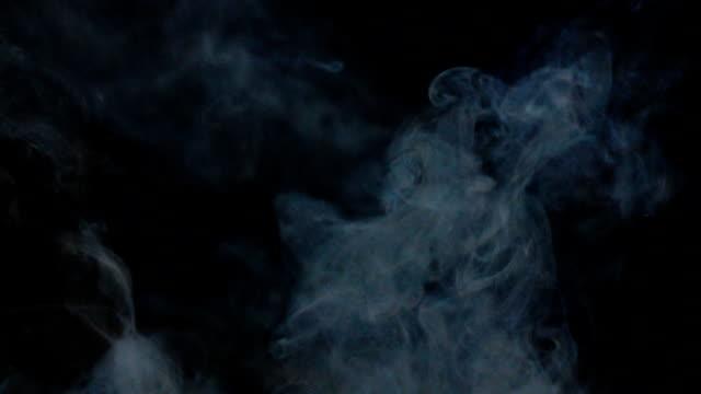 duman geliyor - smoke stok videoları ve detay görüntü çekimi