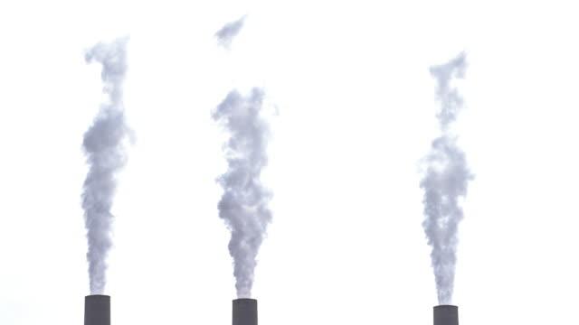 stockvideo's en b-roll-footage met rook uit schoorsteen toren van thermische kolencentrale op pagina arizona verenigde staten - schoorsteen