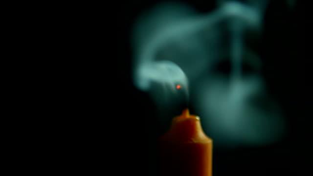 rök av ljus flödar i luften - släcka bildbanksvideor och videomaterial från bakom kulisserna