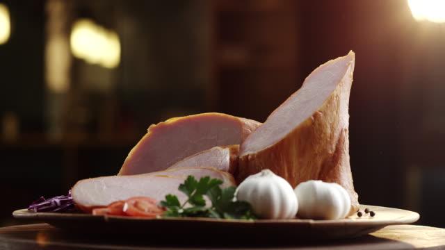 smoked ham with garlic, basil, onion, tomato and black pepper - aglio cipolla isolated video stock e b–roll