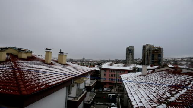 schnee in ankara im winter mit zeitraffer - zentralanatolien stock-videos und b-roll-filmmaterial