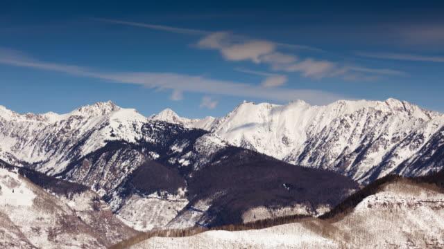 snö i klippiga bergen - tidsfördröjning - klippiga bergen bildbanksvideor och videomaterial från bakom kulisserna