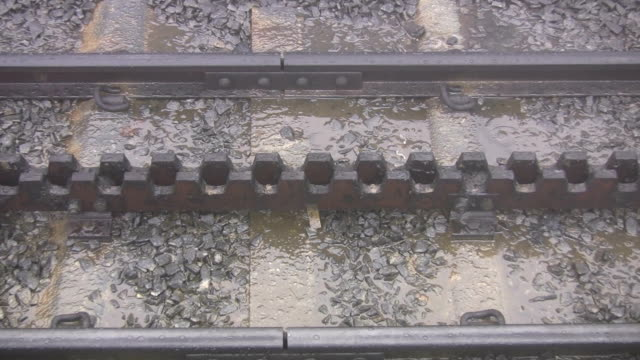 Snowdon Mountain Railway toothed rack track video