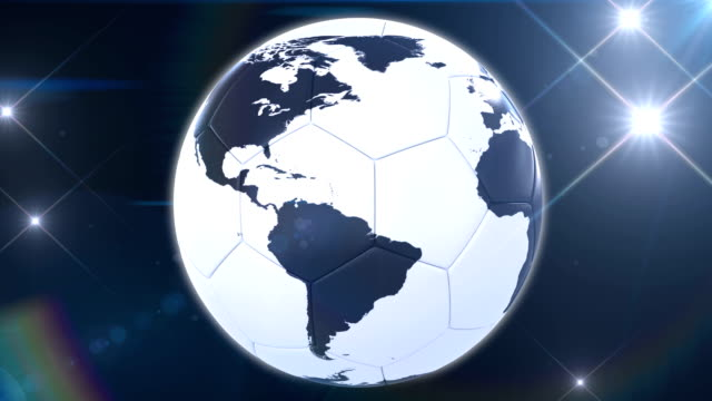 vídeos de stock e filmes b-roll de bola de futebol de terra girar no flashes. ansa. - campeão soccer football azul