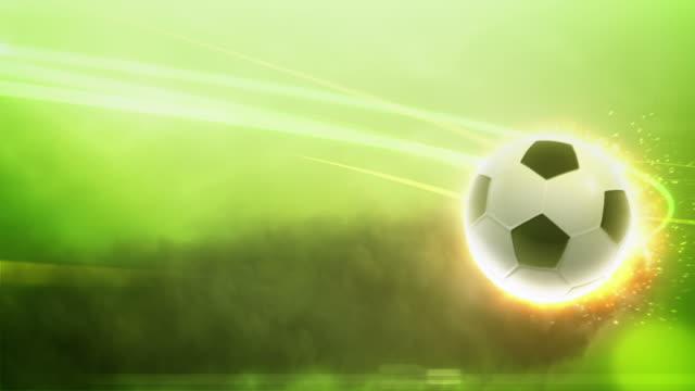 vídeos de stock e filmes b-roll de bola de futebol em fogo com traços de luz - campeão soccer football azul
