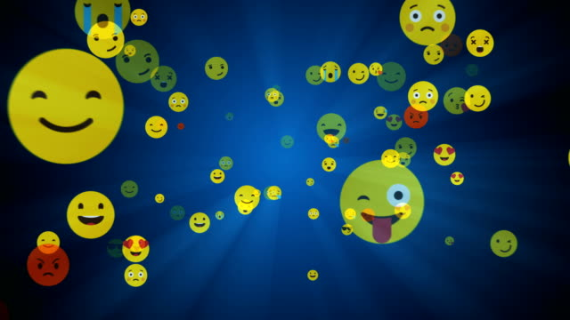 social networking und emoji lächeln - alpha-kanal - emojis stock-videos und b-roll-filmmaterial