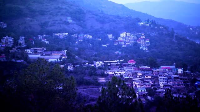 solan stadt, himachal pradesh, indien - himachal pradesh stock-videos und b-roll-filmmaterial