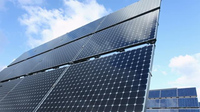 vídeos y material grabado en eventos de stock de energía solar - diez segundos o más