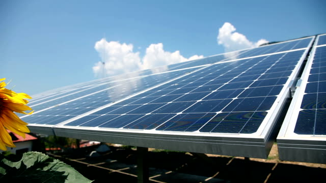 HD CLIP: Solar power station video