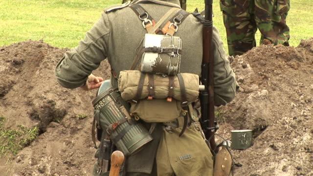 vidéos et rushes de soldat de tranchées & hd de pal - première guerre mondiale