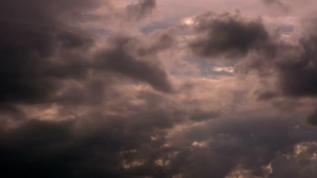 stockvideo's en b-roll-footage met binnenkort zal storm - ozonlaag