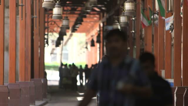 souk al moubarakiya - souk video stock e b–roll